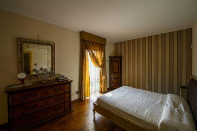 camera matrimoniale - villa - piano primo