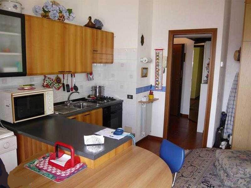 Alture stresa appartamento con garage e terrazzo aa1808 for Case e giardini