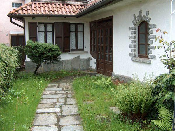Case Piccole Con Giardino : Alture stresa casa vista lago 4 camere con giardino e garage