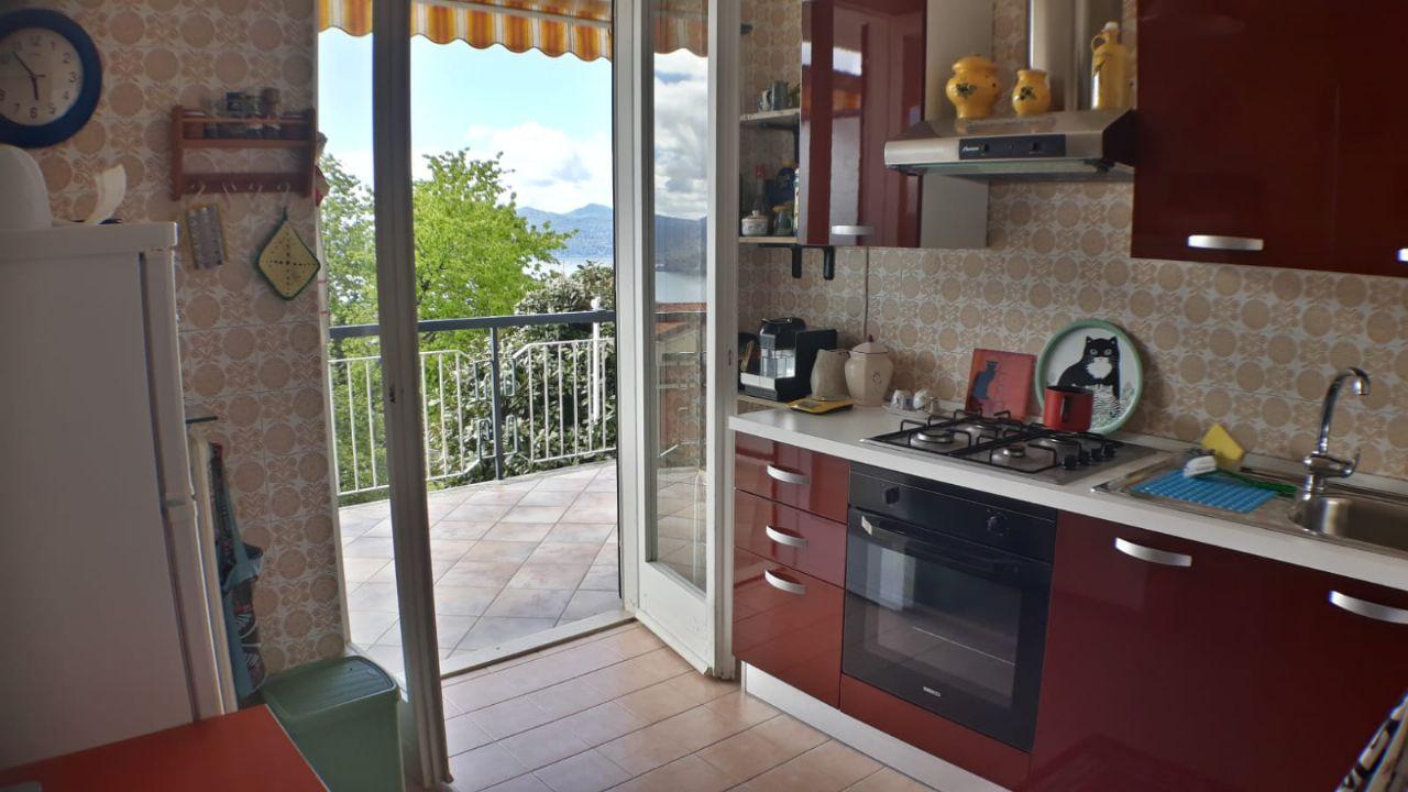 cucina abitabile trilocale Arizzano