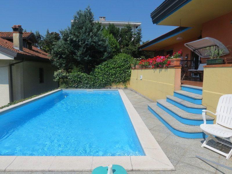 arizzano casa indipendente vista lago 5 camere con piscina