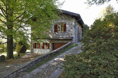 foto villa arizzano 2