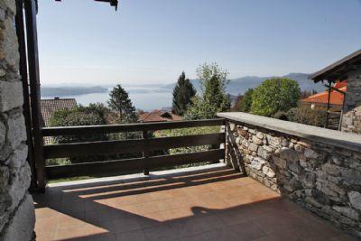 foto vista  villa arizzano