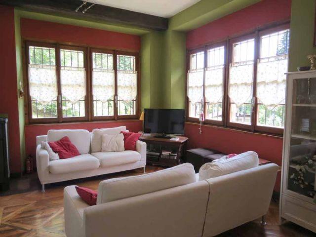 B e casa 270mq 4 camere con giardino e garage case e for Case e giardini