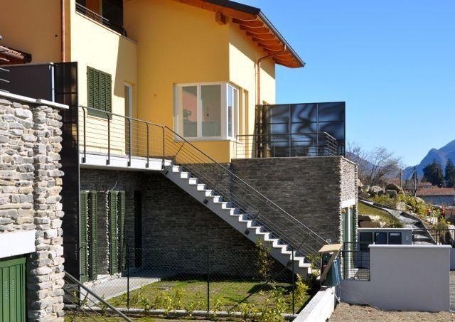 B e casa vista lago 2 camere con giardino nuova costruzione for Casa di costruzione personalizzata