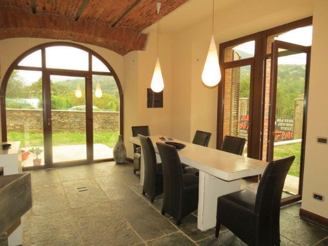 Verbania biganzolo appartamento con garage e giardino aa1832 for Garage 30x40 con appartamento