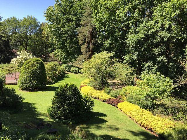 Da laveno a luino villa 620mq con piscina case e for Case e giardini