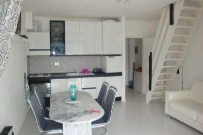 Ghiffa appartamento con garage e balcone aa2312 for Garage 30x40 con appartamento
