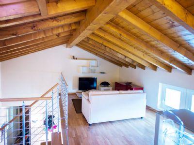 soppalco appartamento Ghiffa