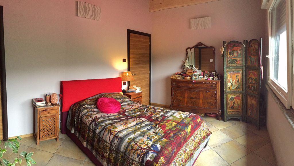 Verbania intra appartamento con garage e terrazzo aa2454 for Garage 30x40 con appartamento