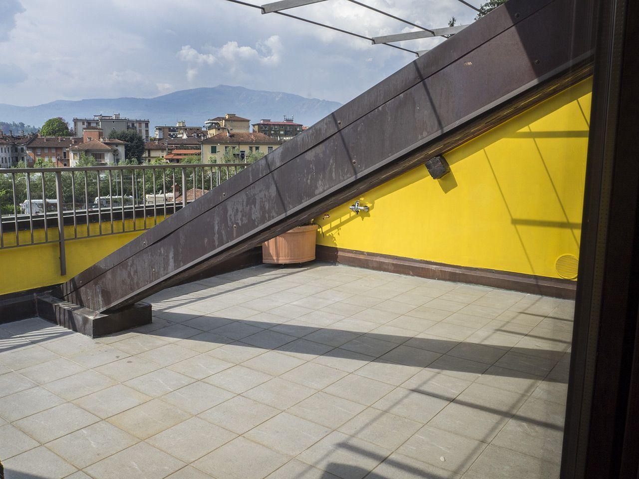 Three-room apartment in Verbania - terrace