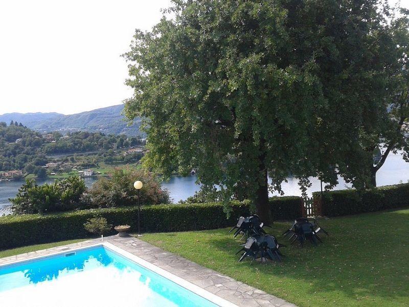 lago d'orta appartamento vista lago con garage e giardino ab0124 ... - Soggiorno Lago Dorta 2