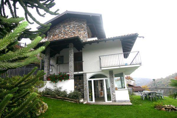 Lago d 39 orta casa 180mq 3 camere con giardino e garage for Lago maggiore casa