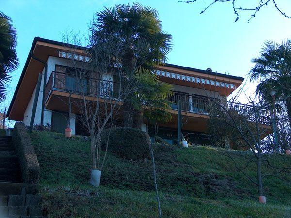 Orta lake casa vista lago apartments for rent in omegna for Idee di design per la casa sul lago