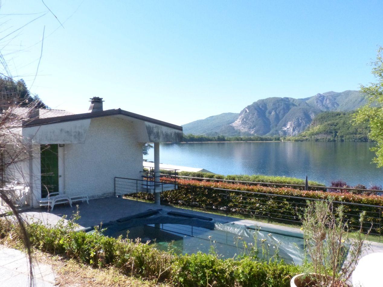 Lago di mergozzo casa indipendente vista lago 3 camere con for Lago vista