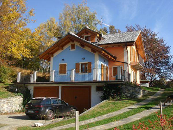 Miazzina casa 200mq 3 camere con giardino e garage for Piano casa con garage