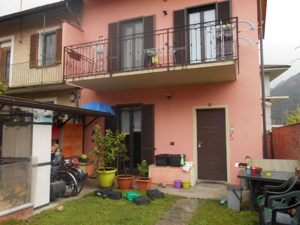 Omegna casa 100mq 3 camere con giardino e balcone - Giardino in balcone ...