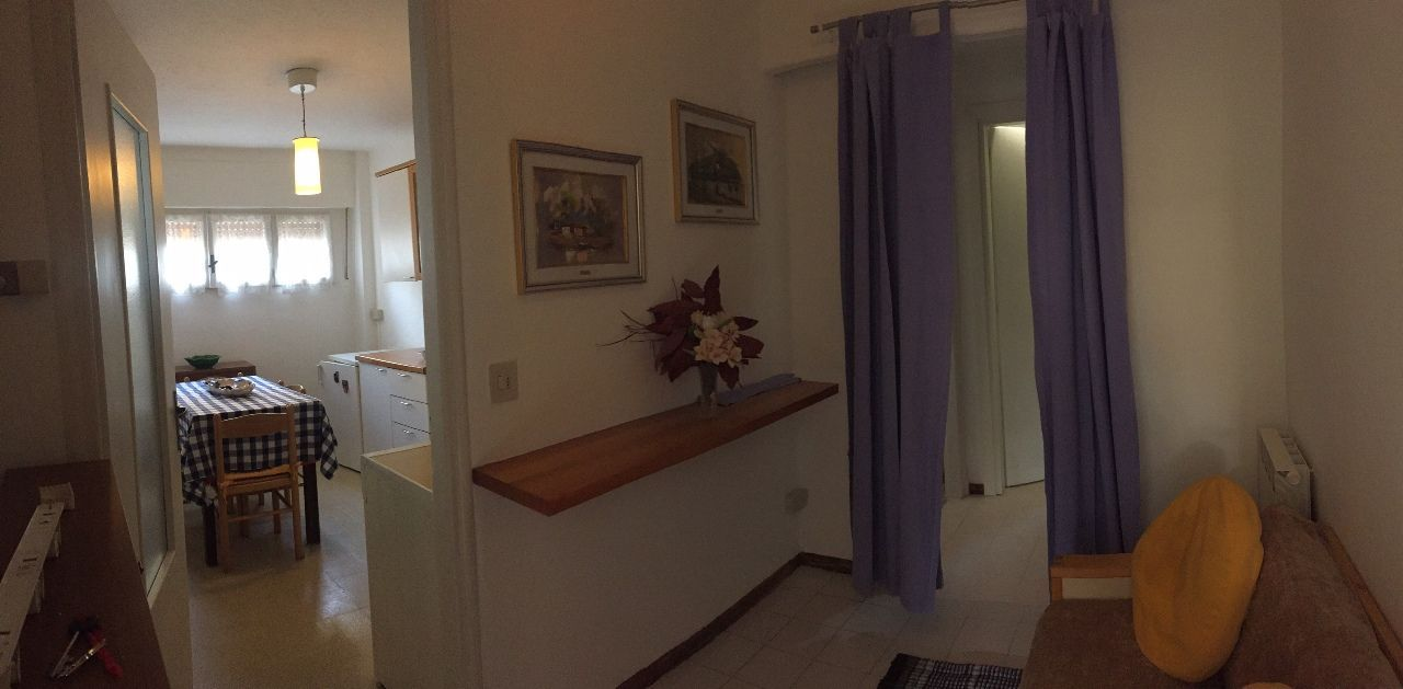 Verbania pallanza appartamento con garage aa2626 for Garage 30x40 con appartamento
