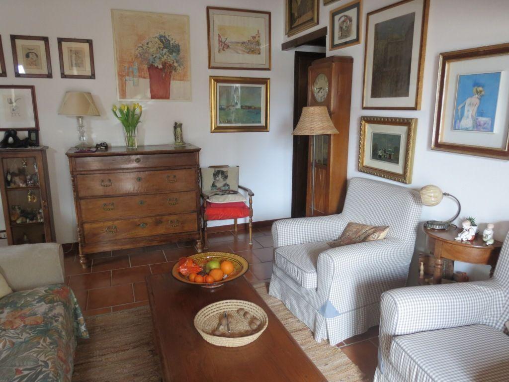 salotto appartamento in villa d'epoca Verbania Pallanza