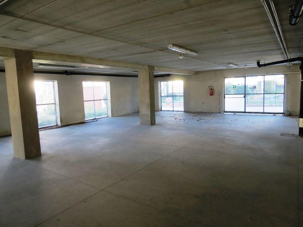 Verbania pallanza appartamento nuovo con garage aa2349 for Log garage con appartamento