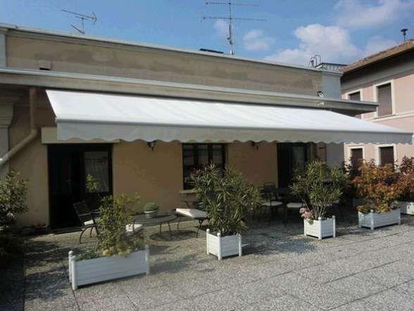 Stresa appartamento vista lago con garage e terrazzo aa1517 for Garage 30x40 con appartamento