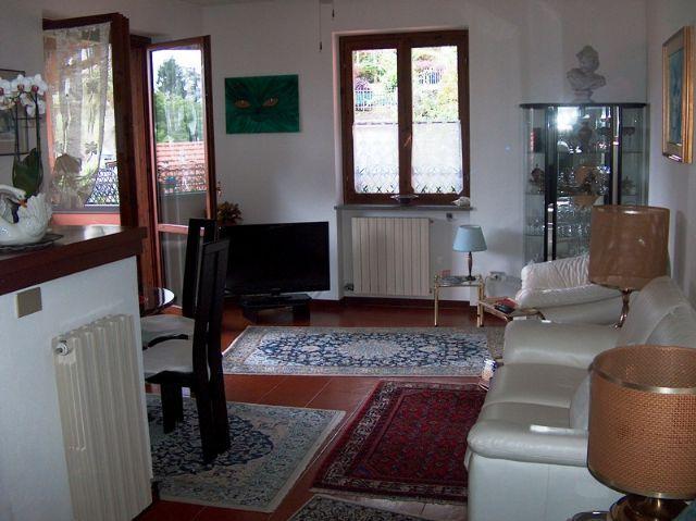 Stresa appartamento con garage aa2220 for Garage 30x40 con appartamento