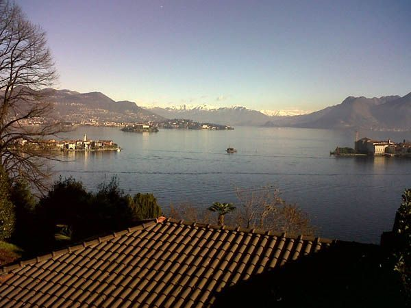 Stresa appartamento vista lago con garage aa1305 for Appartamento lago