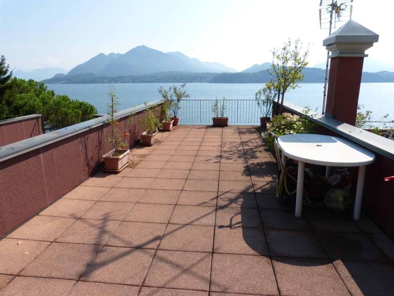 Stresa appartamento vista lago con terrazzo AA2745