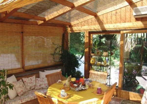 Panoramica villa singola con piscina privata interrata mini