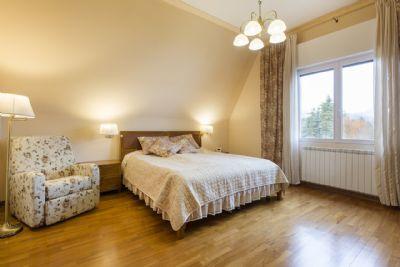 seconda camera villa dora