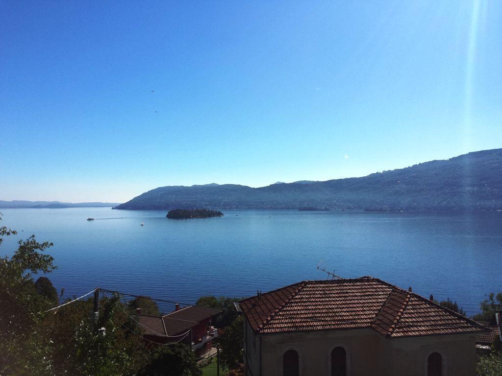 Verbania suna appartamento vista lago nuovo aa2586 for Lago vista