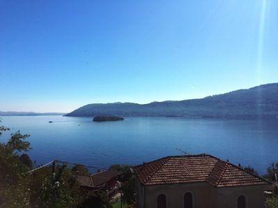 vista lago appartamento Suna