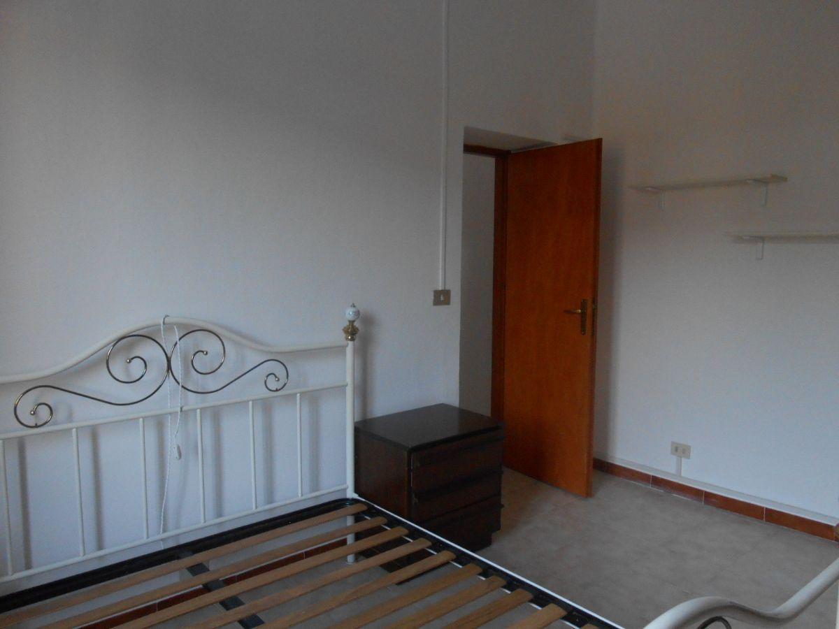 Verbania trobaso appartamento con garage aa2578 for Garage in metallo con appartamento