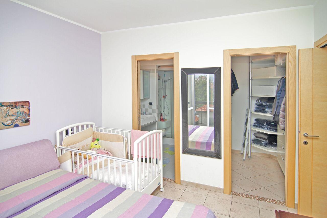 Wohnung In 3 zimmer wohnung in verbania intra zentrum mit seeblick aa2862