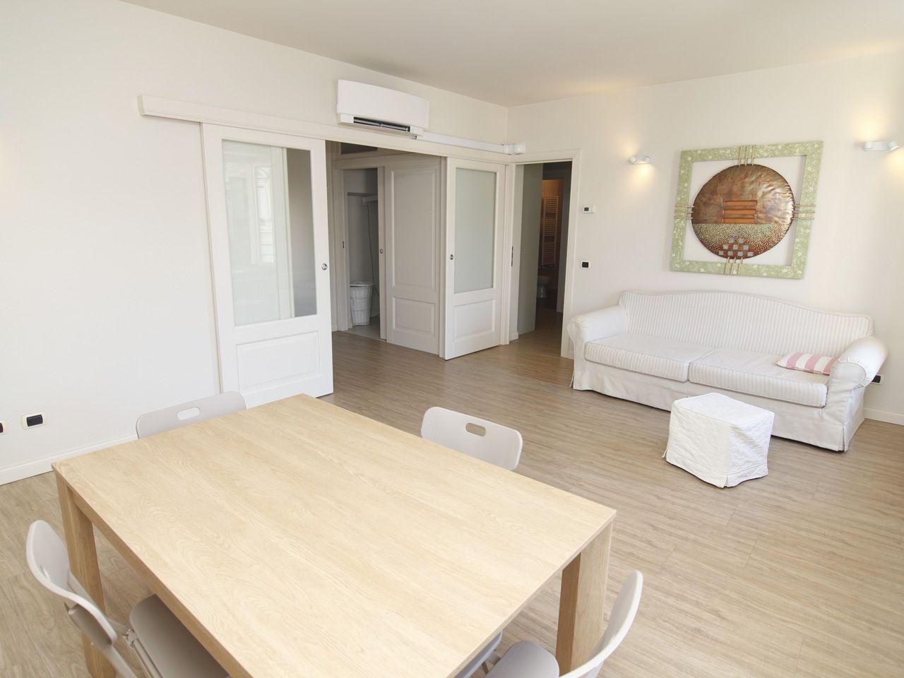 Apartment in center of Pallanza near the Apartment in center of Pallanza near the lake promenade