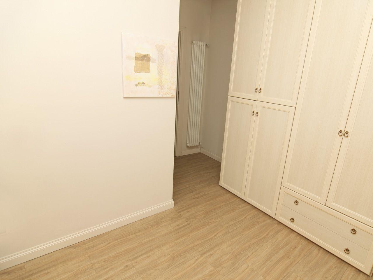 Apartment in center of Pallanza - study room