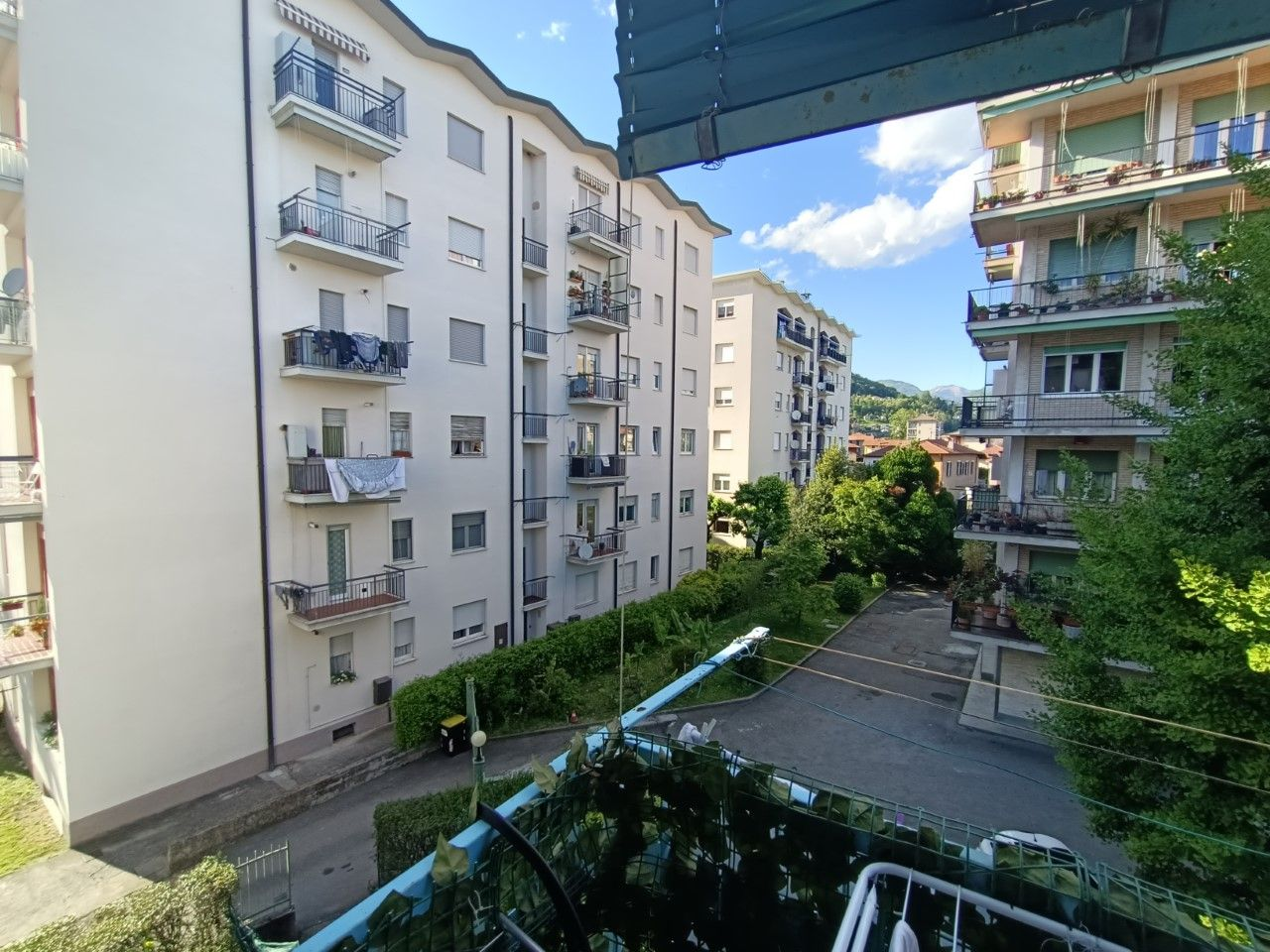 vista dal balcone dietro