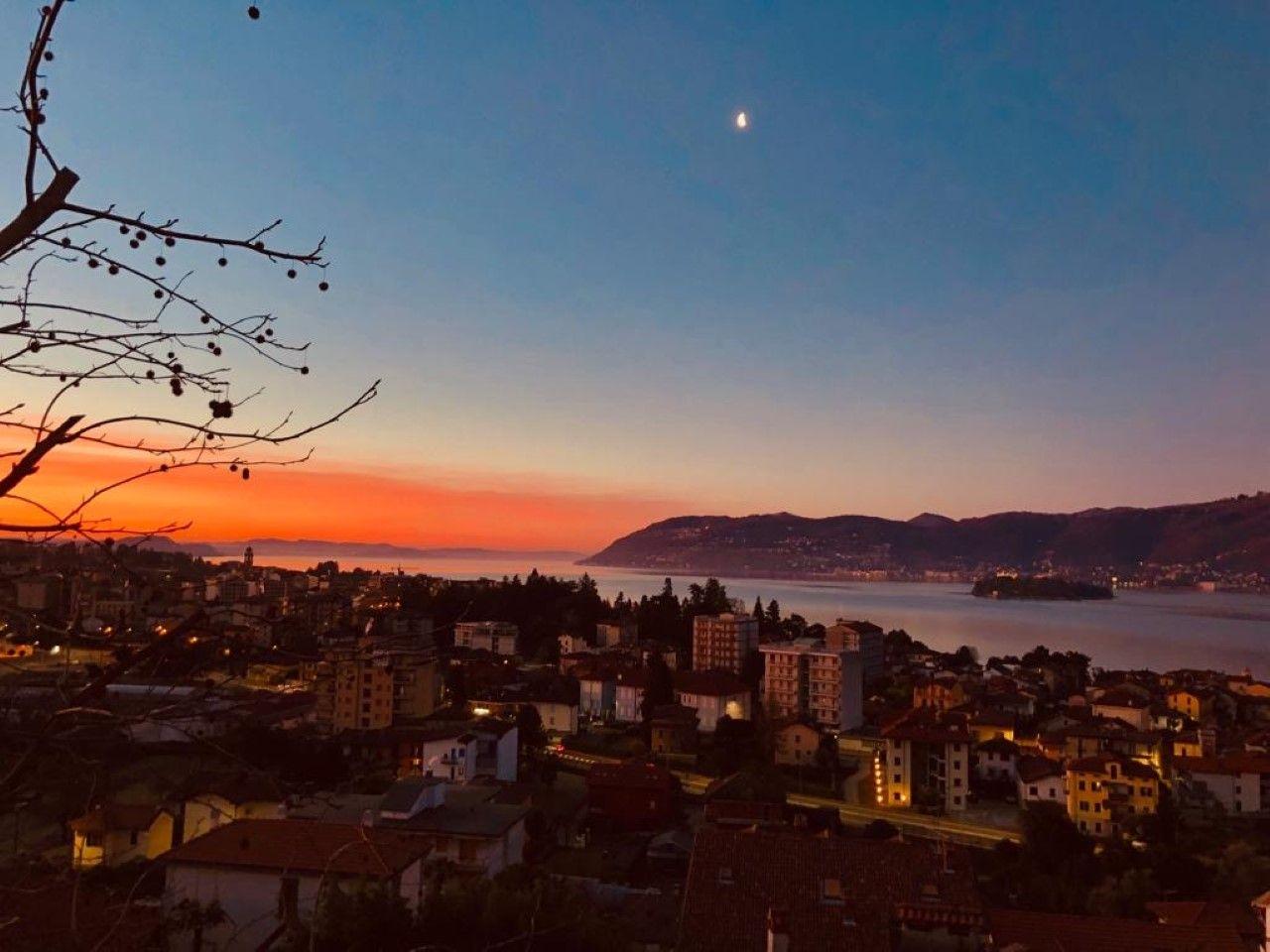 vista notturna via Grado