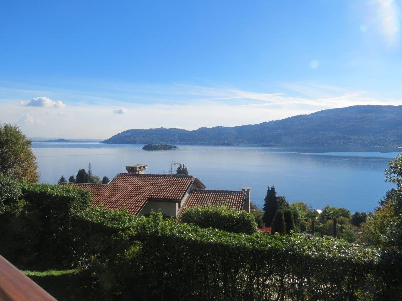 vista lago Suna