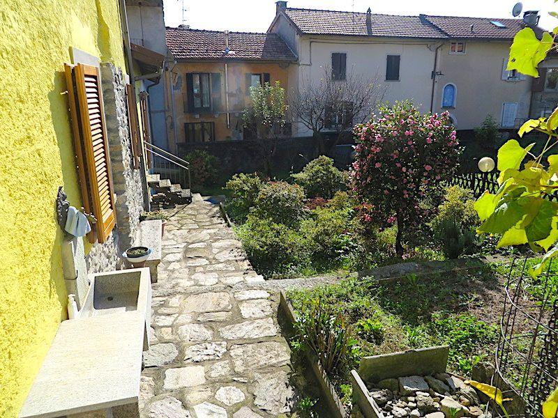 Vignone casa 120mq, 2 camere con giardino e terrazzo