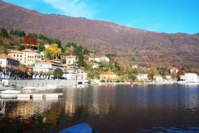 Lago di mergozzo vendita case ville e appartamenti for Lago di mergozzo